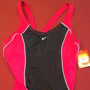 NWT! NIKE 1 Piece swimsuit size 14